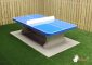 Table ping-pong en bleue, angles arrondis et lignes blanches